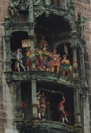 The Glockenspiel, 11am at the Marienplatz