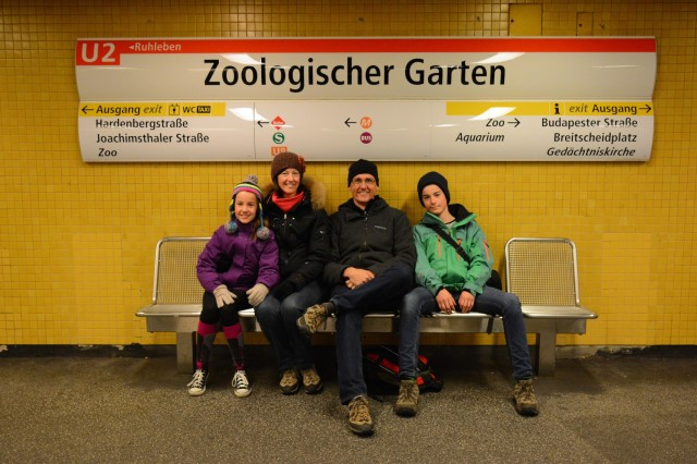 U2 to Zoo station