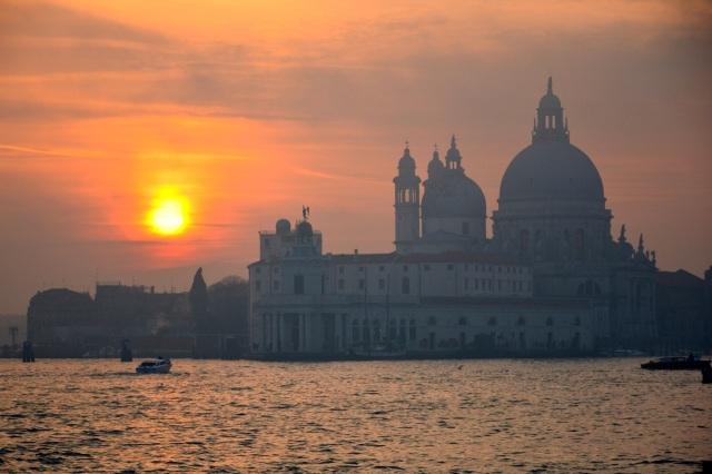 Venice 25